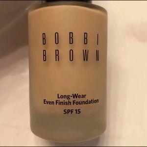 Bobbi brown makeup color warm beige